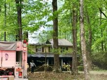 Chapel Hill firefighter fought back a fire Tuesday morning at a home on Homestead Road.