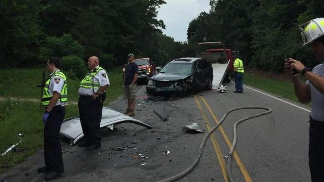 Authorities: Driver�s ed students, teacher injured in crash