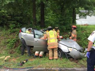 Authorities: Driver's ed students, teacher injured in crash