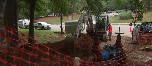 Water restored to frustrated Raleigh apartment complex residents after 2 weeks