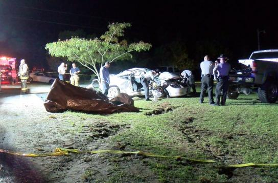 Pickup truck, car involved in Four Oaks T-bone crash; 1 dead