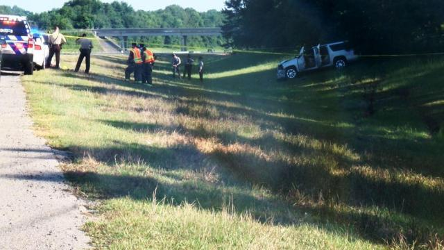 Trooper, deputy involved in shooting on I-40; westbound lanes closed in Johnston County