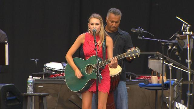 15-year-old local singer opens for Willie Nelson at Koka Booth Ampitheater