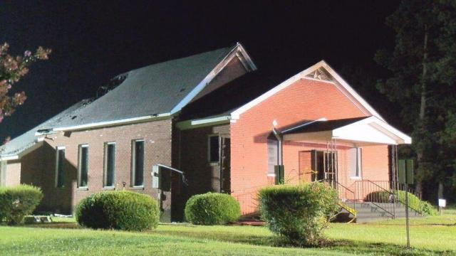 Fire damages baptist church in Duplin County
