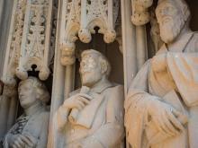 Duke officials investigating vandalism of Robert E. Lee statue at chapel