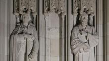 IMAGE: Duke University removes Robert E. Lee statue from chapel entrance