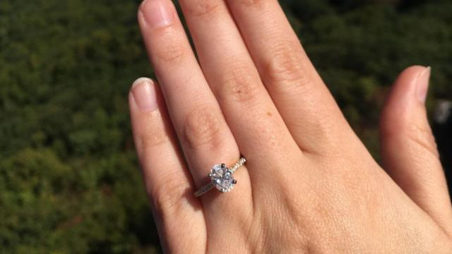 Scotty McCreery Gets Engaged