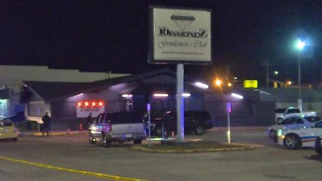 1 dead, 3 hurt in shooting at North Carolina club
