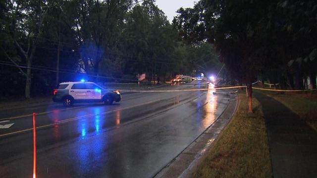 Man killed in single-car crash in Raleigh