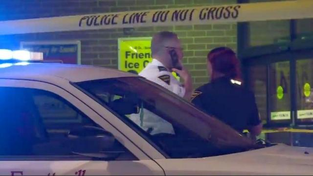 Shooting at Fayetteville Food Lion