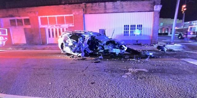 Police: Speed, alcohol factors in Selma crash