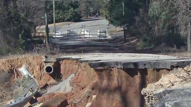 Earthen dam missing since Hurricane Matthew is major inconvenience to Fayetteville residents