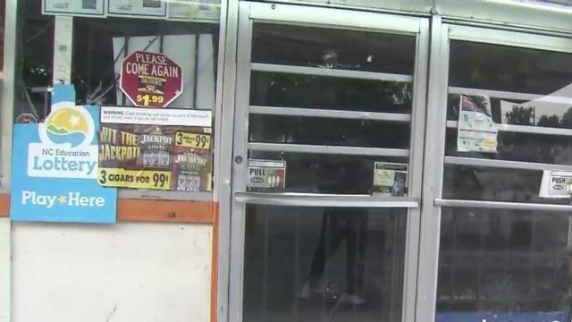 Gas station clerk shot dead in Fayetteville