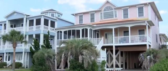 Several hurt when stairs to elevated Ocean Isle Beach house