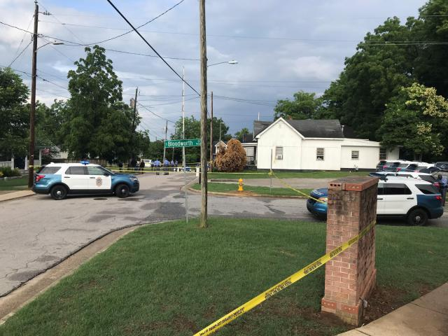 Officers investigate fatal shooting near downtown Raleigh :: WRAL.com