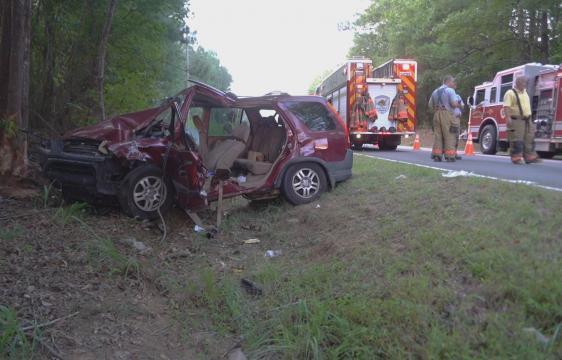 Teen seriously injured in crash near Clayton :: WRAL com