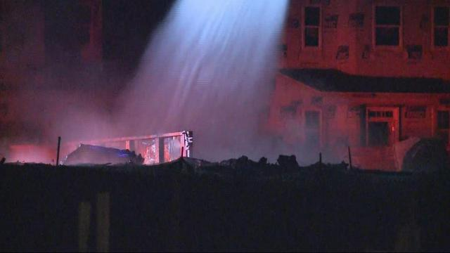 Large fire destroys new homes under construction in Mooresville