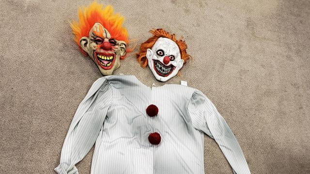 Roanoke Rapids police are trying to determine who was wearing a clown suit and threatening residents over the weekend.