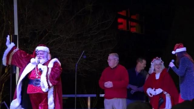 Oxford Nc Christmas Parade 2020 In Oxford, parade will go on with veteran groups :: WRAL.com