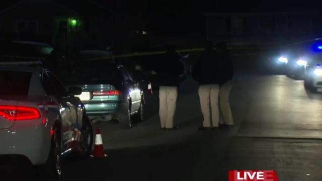 Man dies after shooting in Fayetteville