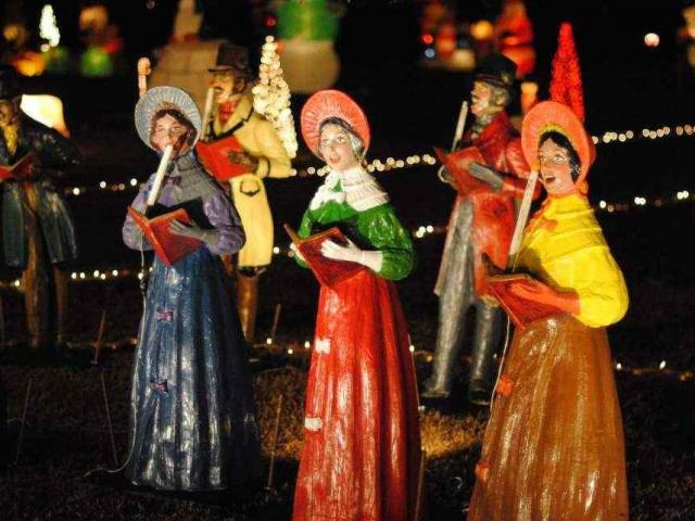 Happyland Christmas Lights won the national Great Christmas Light Fight using vintage decorations from the 1960's.<br/>Photographer: Heather Leah