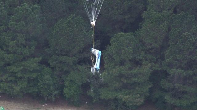 Plane crash in Duplin County leaves two people with minor injuries