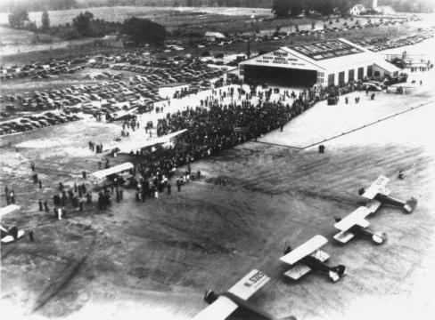 Dedication of the Raleigh Municipal Airport. Courtesy of the State Archives of North Carolina