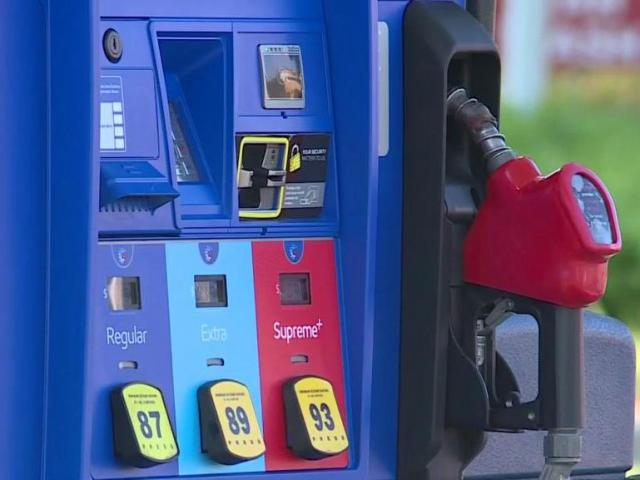 Gas prices fall as oil prices plunge