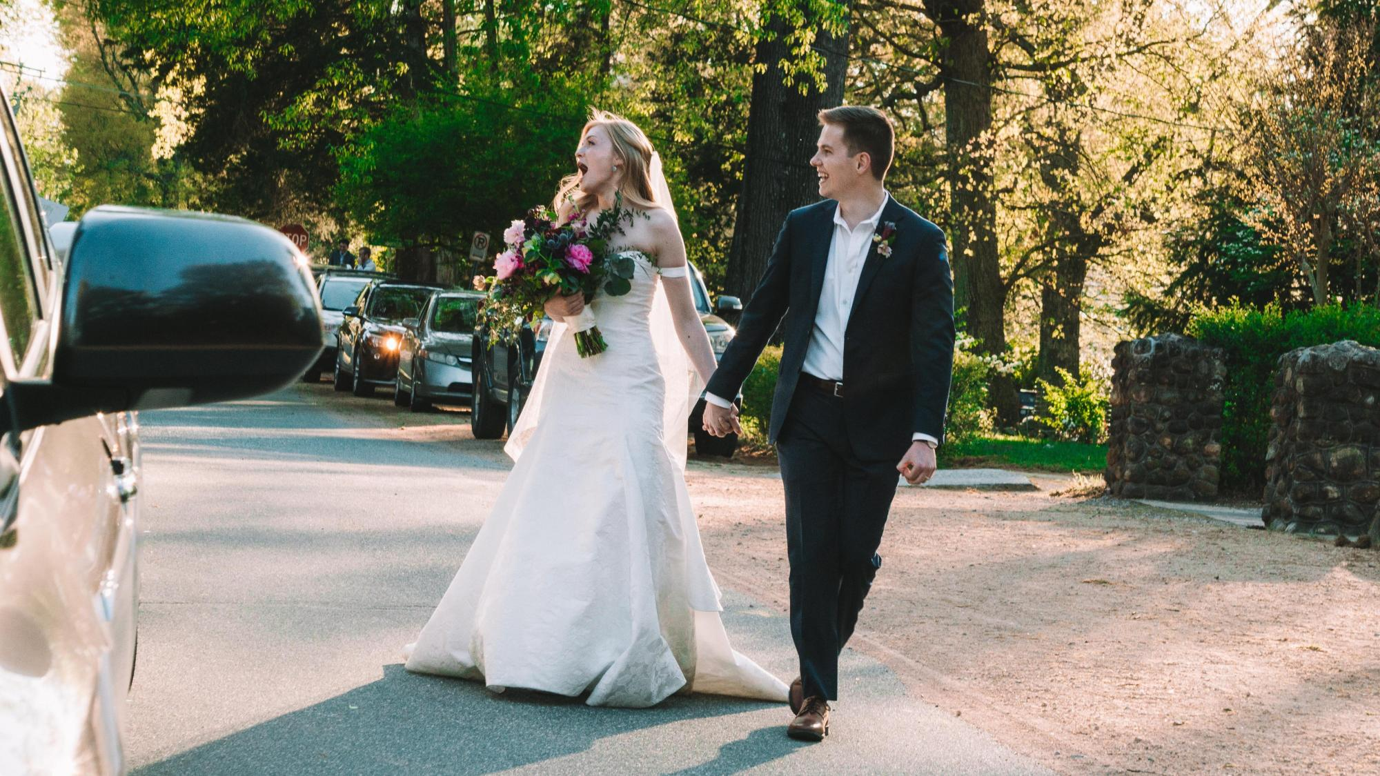 Wedding Bells In A Pandemic Won T Stop The Reception Wral Com