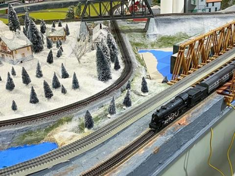 The South Hills Mall pavilion still has a train display.