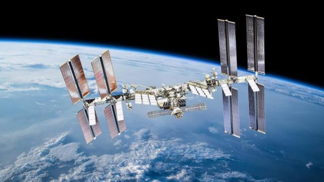 Watch the International Space Station fly over at 10 p.m. Tuesday night :: WRAL.com