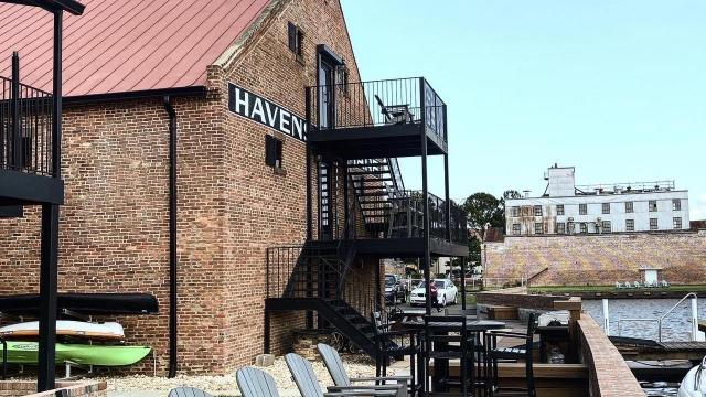Havens Wharf was a bustling shipyard, where enslaved men worked alongside visiting abolitionists from the north, making it an ideal place to leak secret information about escaping slavery.