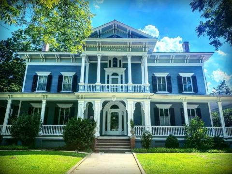 Elmwood Plantation was the largest plantation in the county.