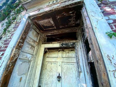 Front door of the historic Joseph and Lee M. Lazarus house on Hillcrest in Sanford, NC.