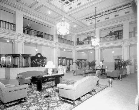 Main Lobby Mezzannine of Sir Walter Hotel in the late 1930s. (Image courtesy of the State Archives of North Carolina)