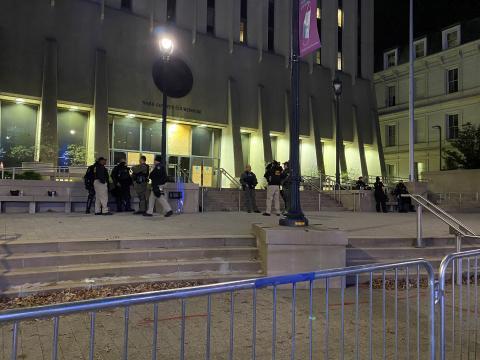 Barricades around courthouse