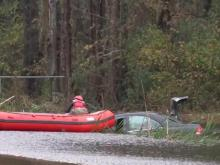 Man escapes submerged car in Johnston County