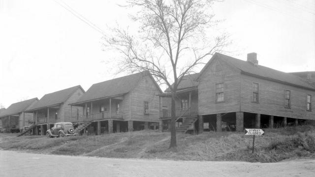 Part of the Smoky Hollow neighborhood in 1948. Courtesy of the State Archives of North Carolina.