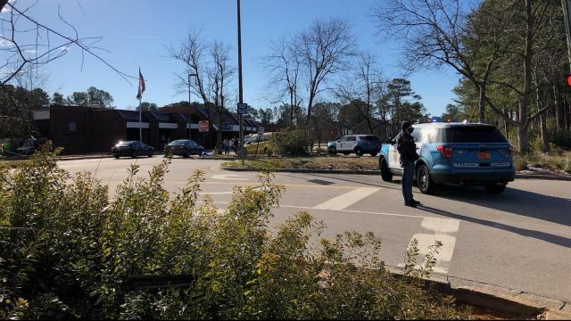 Police respond to USPS office in north Raleigh