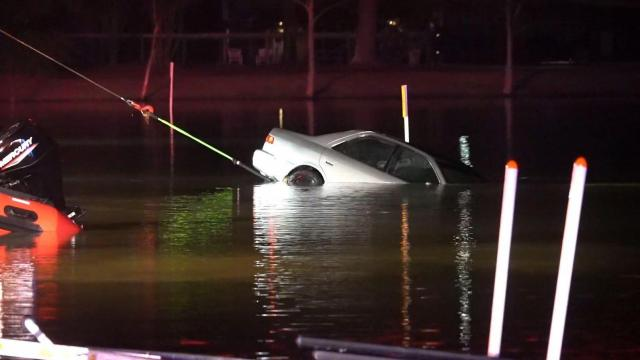 Car with body inside pulled from lake off I-95 near Selma