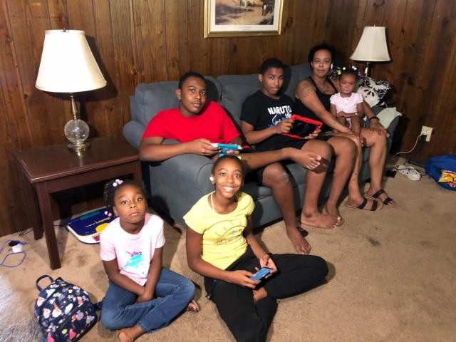 Family of 9 faces homelessness