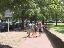 UNC students move in amid uncertanity with COVID