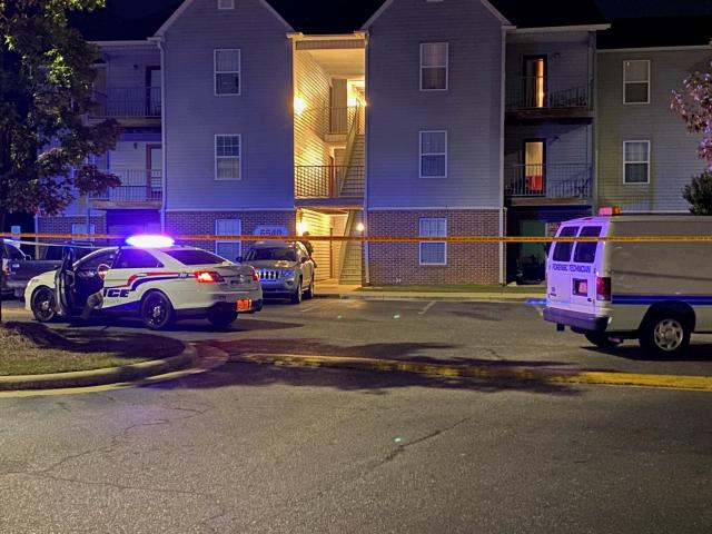 2 teens, 1 who was a minor, shot dead after breaking into Fayetteville home