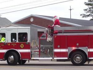 The New Hope Christmas Parade was held Friday, Dec. 25, 2009, on N.C. Highway 58. (Photo courtesy of Bobby Vick)