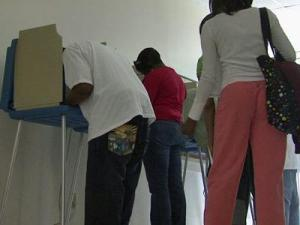 People are being encouraged to vote early this year to avoid long lines.