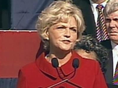 Gov. Beverly Perdue delivers her inaugural address on Jan. 10, 2009.