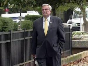 Former Southport Mayor Norman Holden walks inro the federal courthouse in Raleigh on May 19, 2010, where a federal grand jury investigating former Gov. Mike Easley was meeting.