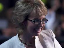 Gabrielle Giffords leads Pledge of Allegiance