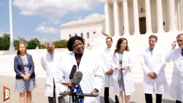Photo shows America's Frontline Doctors