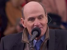 James Taylor sings 'America the Beautiful'